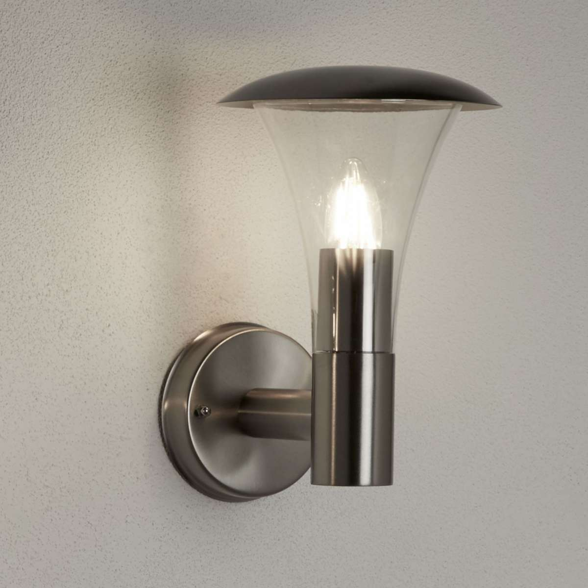 Searchlight 096 Strand Stainless Steel Outdoor Wall Light Polycarbonate Diffuser Jrlighting Co Uk